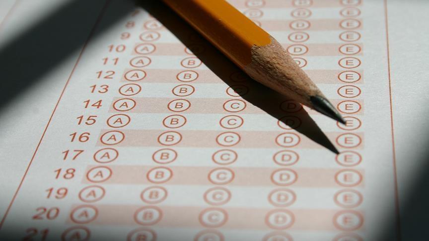 EBS: Ertelenen sınavlarda belirsizlik giderilmelidir