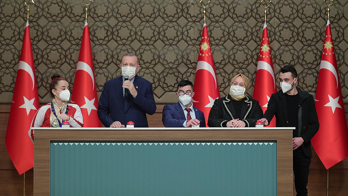 Erdoğan'dan engelli memur ve atama açıklaması!