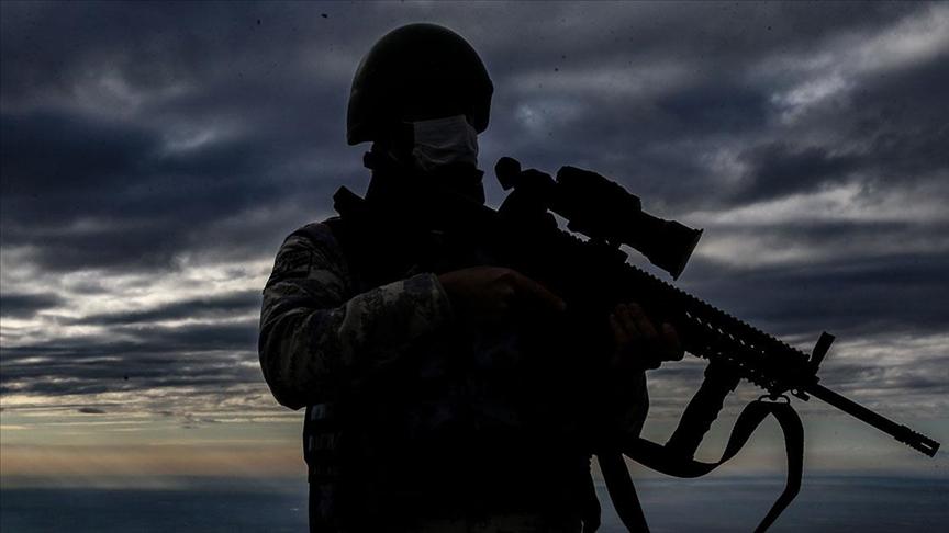 2'si terör örgütü üyesi 9 kişi yakalandı