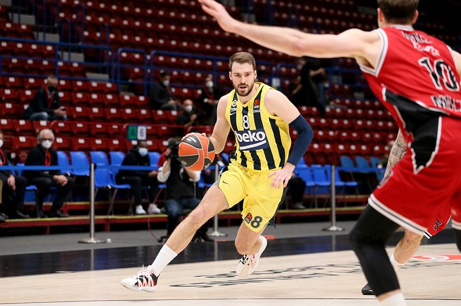 Fenerbahçe Beko kritik maçı kazanmayı bildi
