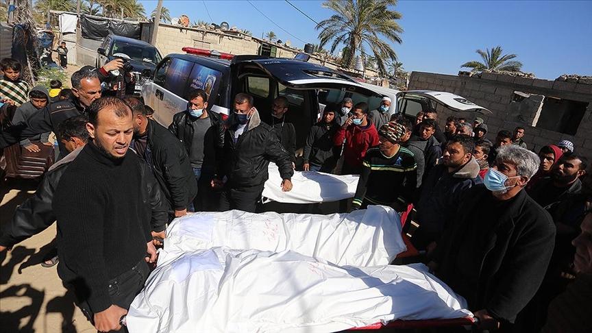 Gazze Şeridi açıklarına füze düştü
