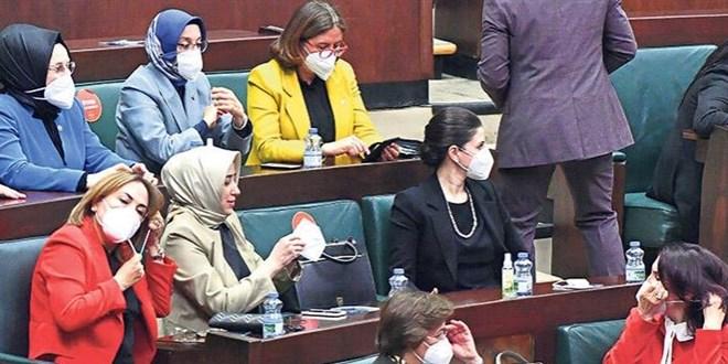 Erdoğan'ın katıldığı toplantılarda maskeler Külliye'den