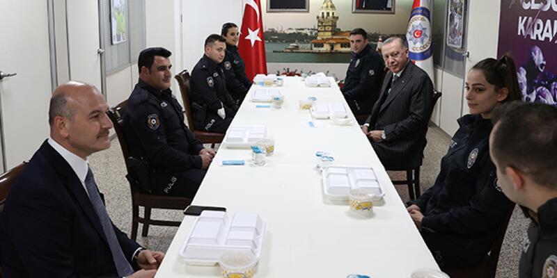 Erdoğan, Çengelköy Polis Merkezi'nde iftar yaptı