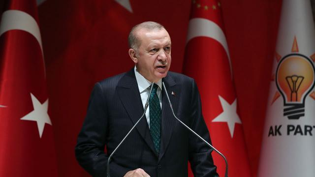 Erdoğan'dan Beşiktaş Kadın Futbol Takımı'na tebrik