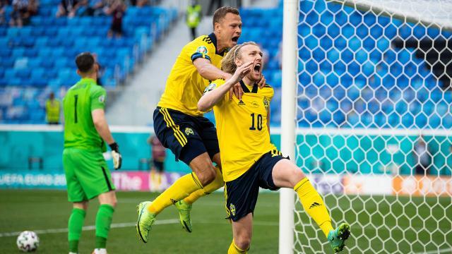 İsveç'e tek gol yetti