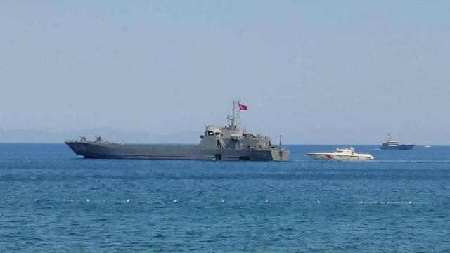 Marmaris'e iki çıkarma gemisi gönderildi
