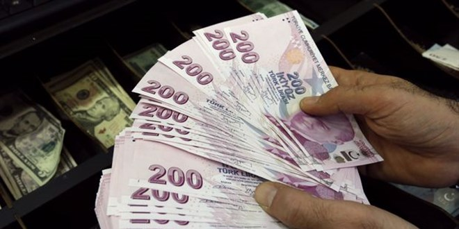 İşsiz anneye 6 ayda 19 bin 800 lira harçlık