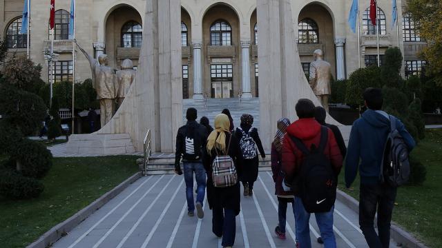 Üniversitelerde yeni dönem başlıyor