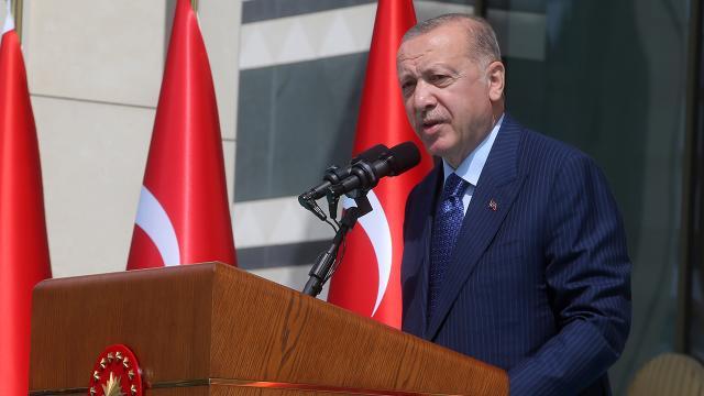 Cumhurbaşkanı Erdoğan işçilerle bir araya geldi