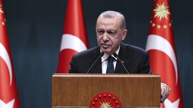 Erdoğan: Parkta, bankta yatanların bir kısmının öğrencilikle ilgisi yok