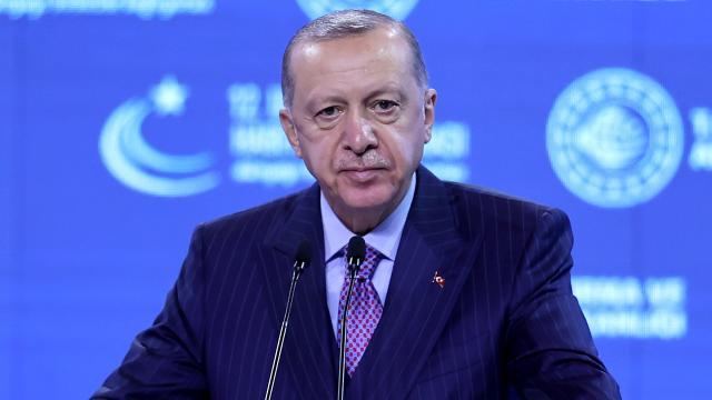 Cumhurbaşkanı Erdoğan'dan milli elektrikli lokomotif müjdesi
