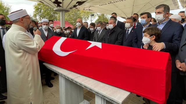 Özdemir Bayraktar'a veda: İHA VE SİHA'larını onurla kullandık