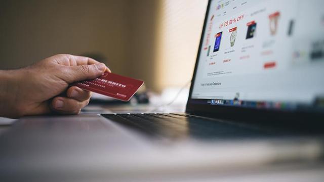 Tüketiciyi yanıltan online alışveriş sitelerine ceza yağdı