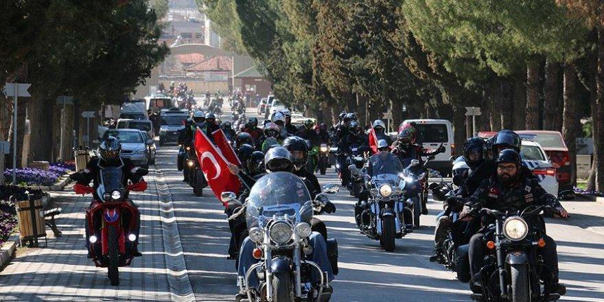 Denizli'de motorsikletçilerden Zeytin Dalı Harekatı'na destek konvoyu