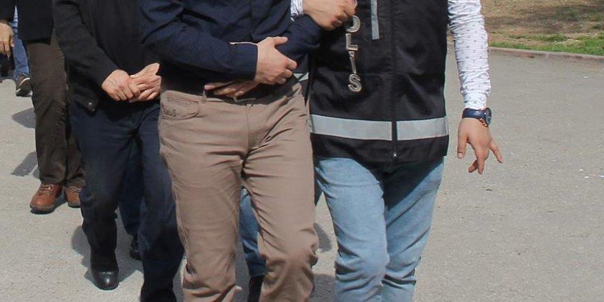 Konya merkezli 4 ilde FETÖ operasyonu: 12 asker gözaltında