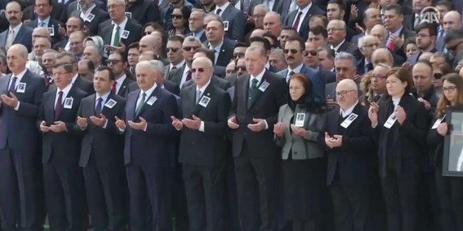 Hasan Celal Güzel için TBMM'de tören düzenlendi