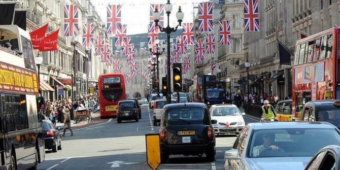 İngiltere'de inşaat sektörü nisanda beklentinin üzerinde büyüdü