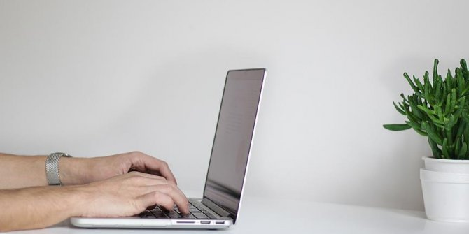 Bilgisayar bağımlılığı gençlerde inme riskini artırıyor