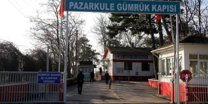 Kepçe operatörü Yunan sınırında gözaltına alındı.