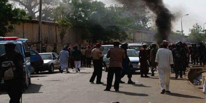 Nijer'de eş zamanlı 3 intihar saldırısı: 9 ölü