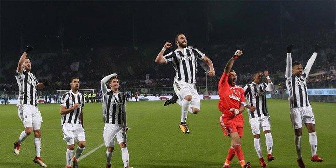 İtalya'da kupayı Juventus kaldırdı