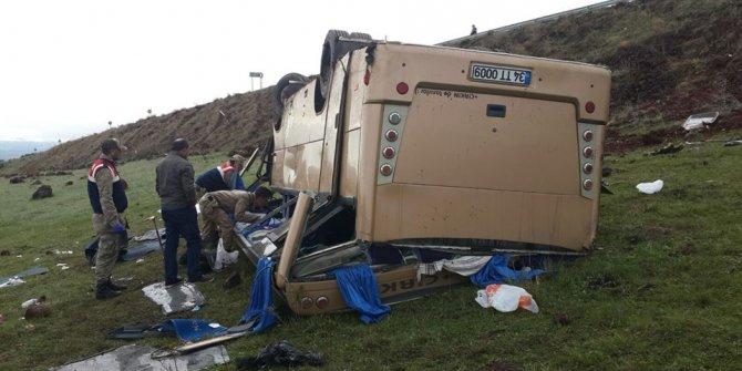 Ardahan'da feci kaza! 4 ölü 22 yaralı