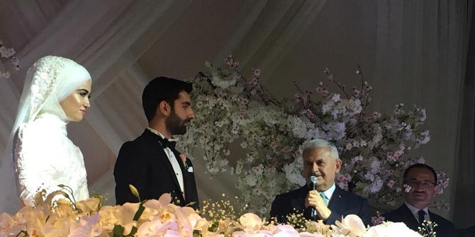 Ayşe Hilal Dinçer ve Yasin Eker evlendi