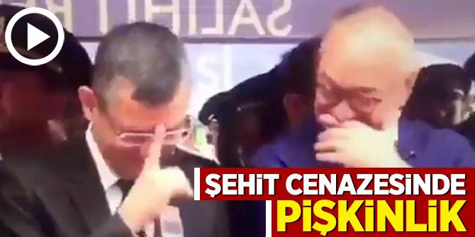 CHP'li Özgür Özel'in şehit cenazesinde gülme anları