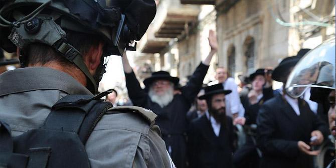 Fanatik Yahudilerden polis eşliğinde Mescid-i Aksa'ya baskın