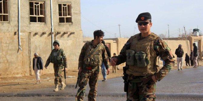 Afganistan'da karakola saldırı: 8 ölü