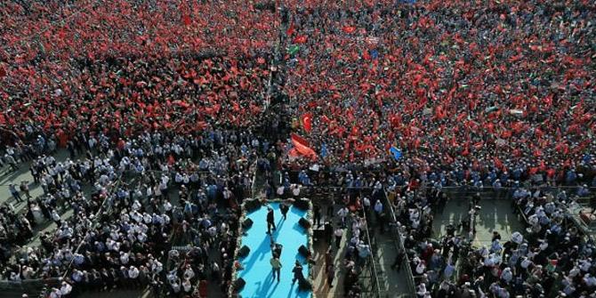 """Yenikapı'daki """"Zulme Lanet Kudüs'e Destek"""" mitingine kaç kişi katıldı"""