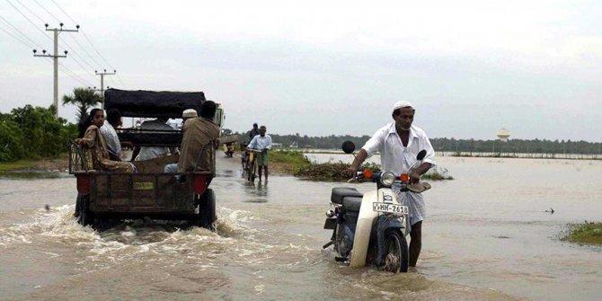 Sri Lanka'da şiddetli yağışlar can aldı