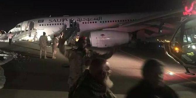 Türk uçağı Suudi Arabistan'da burun üzerine indi