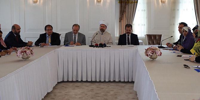 Diyanet İşleri Başkanı Prof. Dr. Ali Erbaş'tan Suudi Arabistan'da açıklamalar