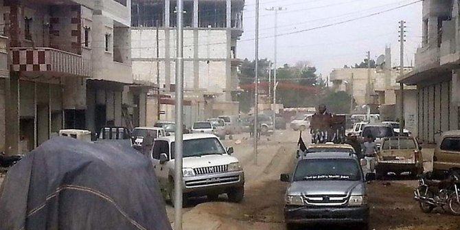 Araplar Rakka'da YPG/PKK'yla çatıştı!