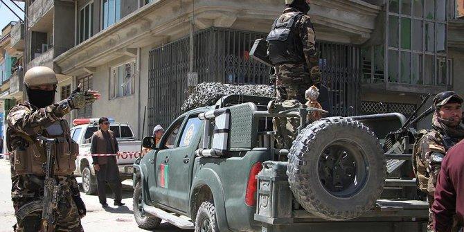 Afganistan'da polis merkezine saldır!