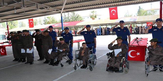 Engelli gençler temsili askerlik yaptı