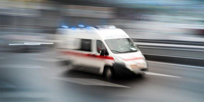 Polisleri taşıyan minibüs devrildi:16 yaralı