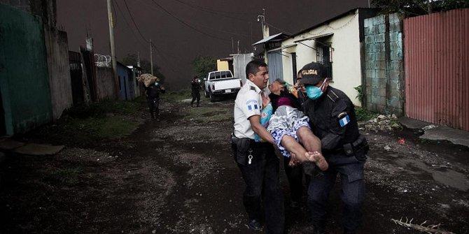 Fuego Yanardağı patladı: 25 ölü