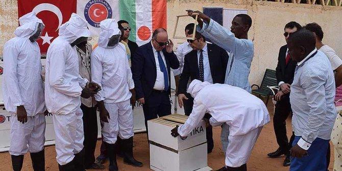 TİKA'dan Nijer'e eğitim ve ekipman desteği