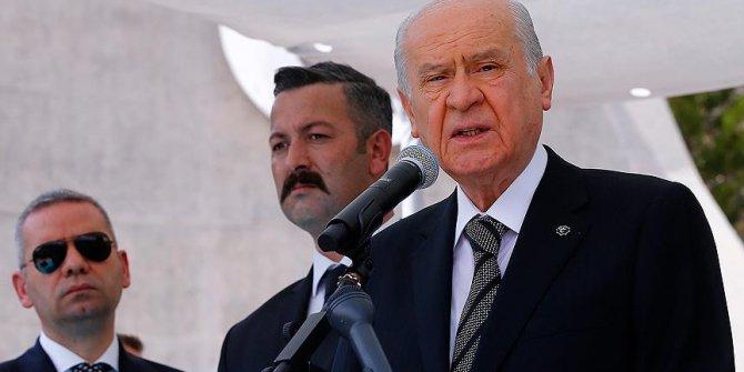 """Devlet Bahçeli'den """"apolet"""" açıklaması"""