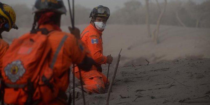 Fuego Yanardağı patladı: 99