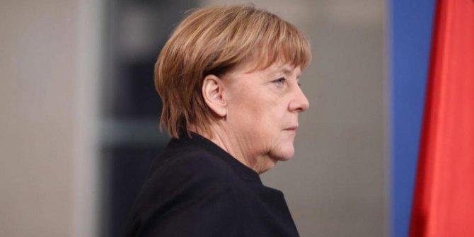 Alman Hükümet Sözcüsü Seibert: Merkel İdlib mutabakatından memnun