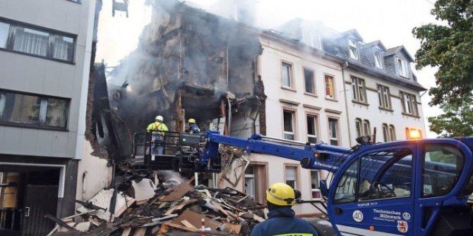 Almanya'da büyük patlama! 4'ü ağır 25 yaralı