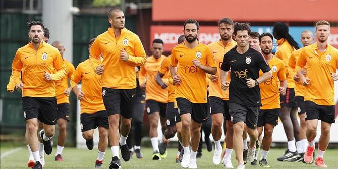 Galatasaray'da oyuncular tek tek test edildi