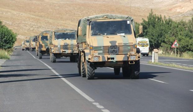 Suriye sınırına 50 araçlık askeri konvoy