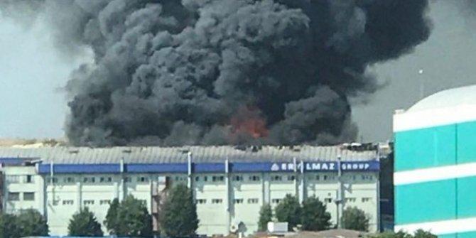 İstanbul tekstil  fabrikasında yangın!