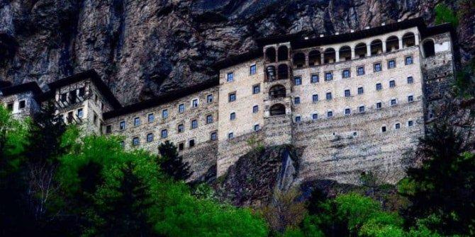 Sümela Manastırı kapalı halde bile rağbet görüyor