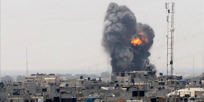İsrail yine Gazze'ye hava saldırısı düzenledi: 12 yaralı