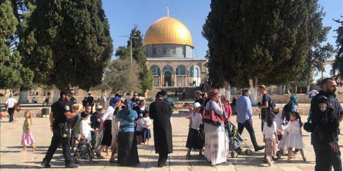 Yahudilerin Mescid-i Aksa'ya baskını